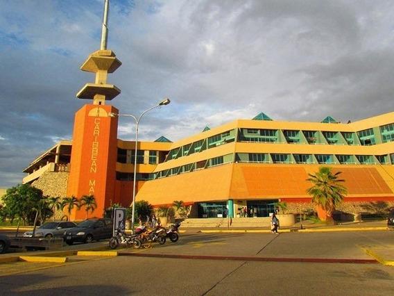 Local En Alquiler En El Centro Comercial Caribbeann Mall