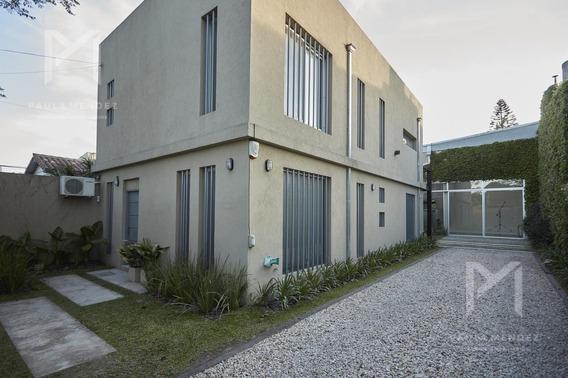 Casa - 5 Amb - Venta- Casa Con Galpón Y Oficinas - Boul.-b.hipico - San Isidro- Zona Norte