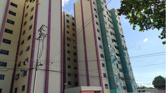Apartamentos En Venta Zona Centro Barquisimeto 21-4002 J&m