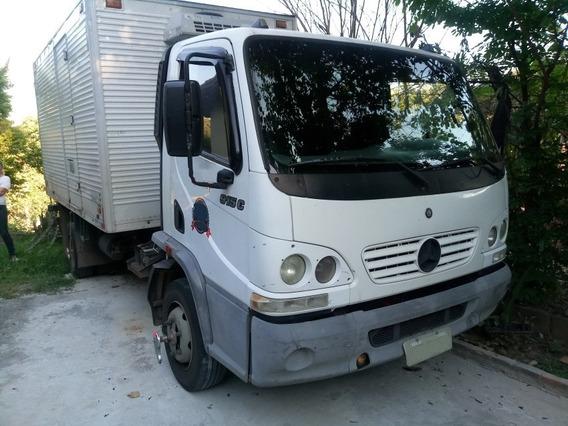 Mercedes-benz Mb 915 C/ Baú Refrigerado -2°, Ano 2004