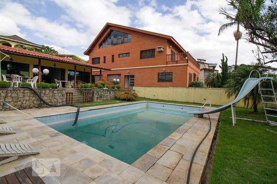 Casa Mobiliada Com 6 Dormitórios E 8 Garagens - Id: 892967590 - 267590
