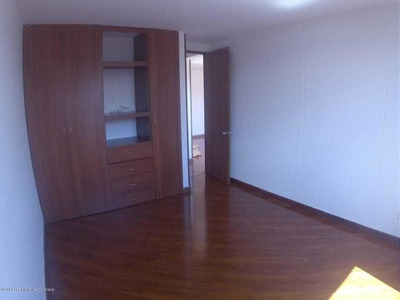 Apartamento En Venta Cordoba Mls 19-269 Rbl
