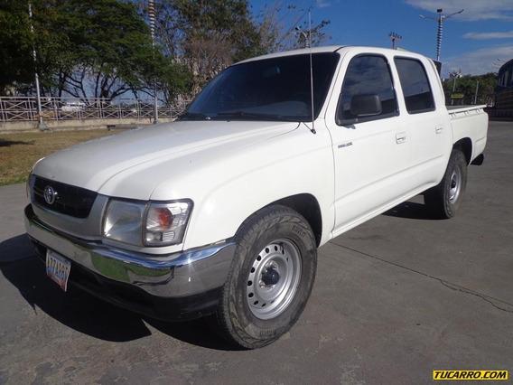 Toyota Hilux 4x2 Automático