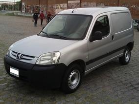 2010 / Peugeot Partner 1.4 Furgon Presence S/aire