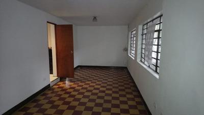 Apartamento En Arriendo Manrique Central 447-566