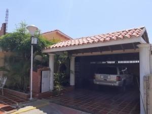 Town En Venta La Limpia #20-2153 Sumy Hernandez 04141657555