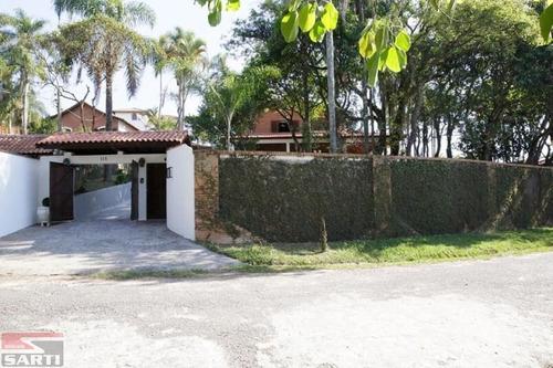 Imagem 1 de 15 de Lindo Sobrado , 6 Dormitórios , 8 Vagas ,  Piscina  - St18471