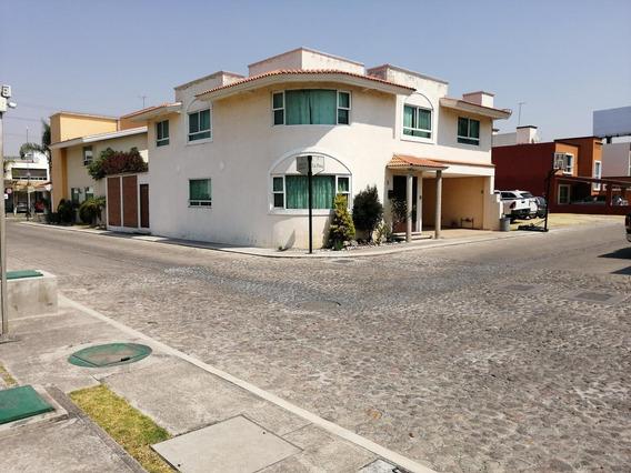 Rento Casa En Fraccionamiento Rincon De Las Americas