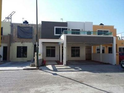 Casa En Venta Fraccionamiento La Esperanza, Campeche