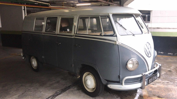 Volkswagen Kombi Deluxe