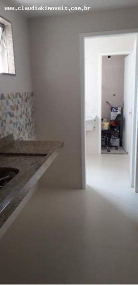 Apartamento Para Venda Em Volta Redonda, Jardim Amália I, 4 Dormitórios - 1035275