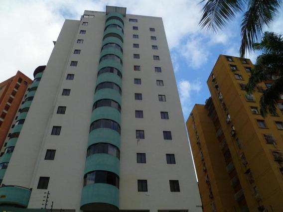Apartamento En Venta Las Chimeneas, Valencia Cod 20-4318 Ddr