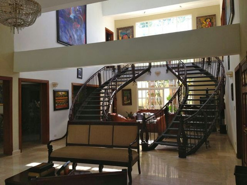 Casa Arroyo Hondo 4 Hab. Us. 3,500 Impecable