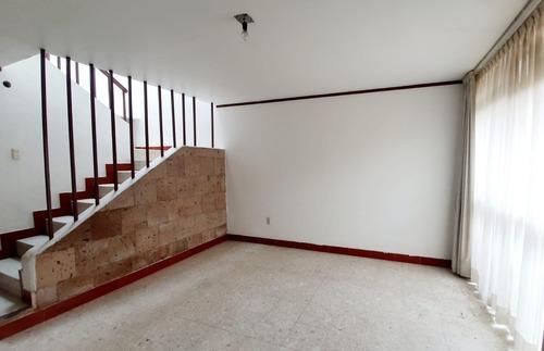 Imagen 1 de 22 de Casa En Chapalita 4 Recamaras En Chapalita