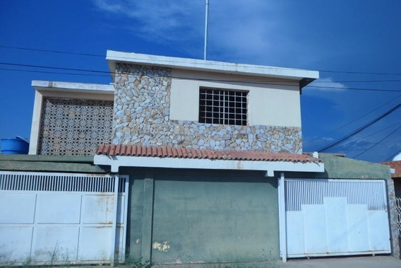 Casa En Venta En Maracaibo, Atgt