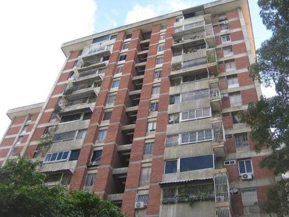 Apartamento En Venta En Terrazas Del Club Hipico 20-3574