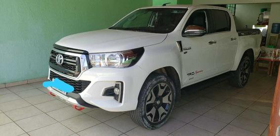 Toyota Hilux 2.7 Srv Cab. Dupla 4x2 Flex Aut. 4p