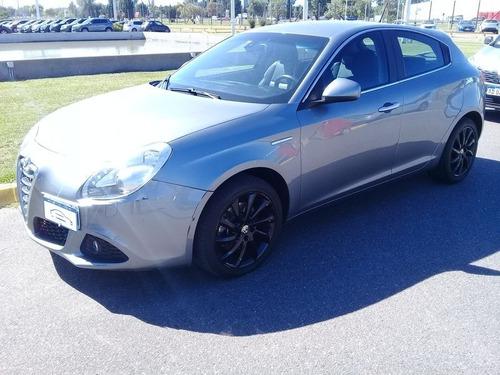 Alfa Romeo Giulietta 1,4 Distinctive 2013 Car One Cg