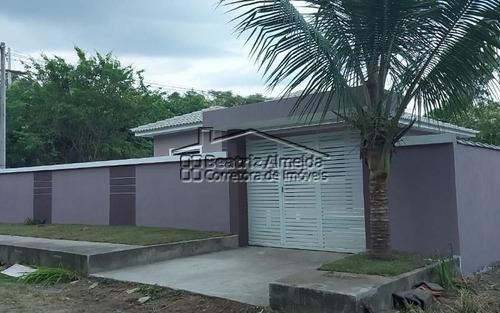 Imagem 1 de 9 de Casa De 3 Qts (1 Suite) No Cajueiros, Sala, Cozinha, Banheiro, Garagem, Quintal Gramado