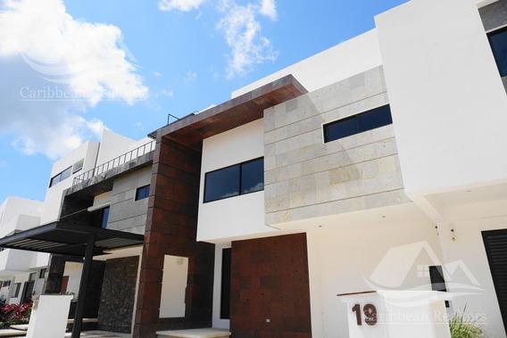 Casa En Venta En Cancun Arbolada Ceibaju19