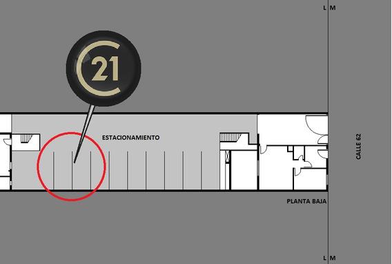 62 E/1 Y 2 - Vende Cochera, La Plata. (id 8491)