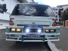 Camión Daihatsu Cama Larga Cara Ancha