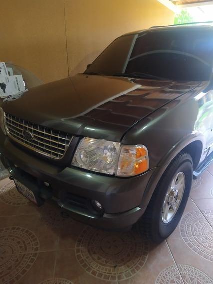 Ford Explorer Xlt 4x4 V8