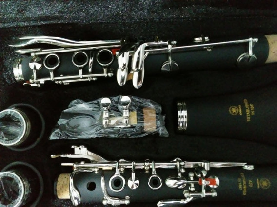 Clarinete Yamaha Ycl 355 Com 17 Chaves