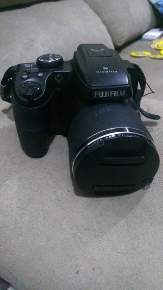 Fujifilm S8200 Finepix