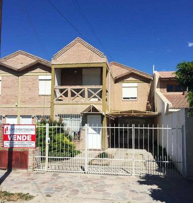 Se Vende Dúplex De 4 Dormitorios, B° Sur - Puerto Madryn