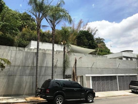 Se Vende Casa 580m2 5h+2s/6b+2s/0p San Román