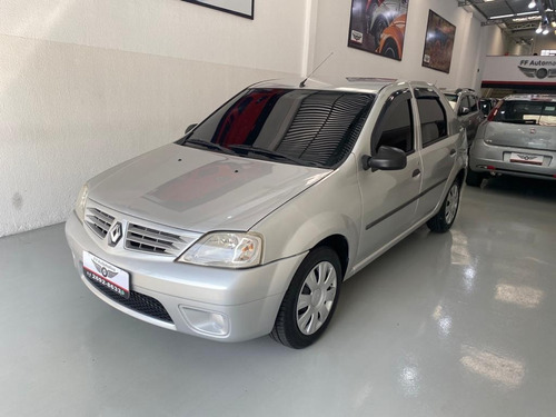 Renault Logan Muito Novo