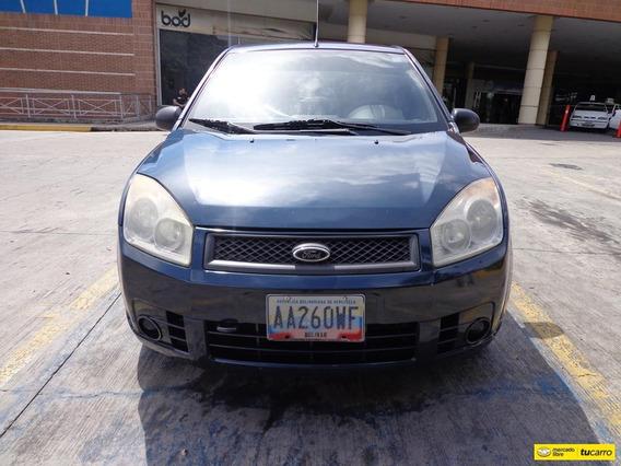 Ford Fiesta Max 2010 4x2 Sincrónico