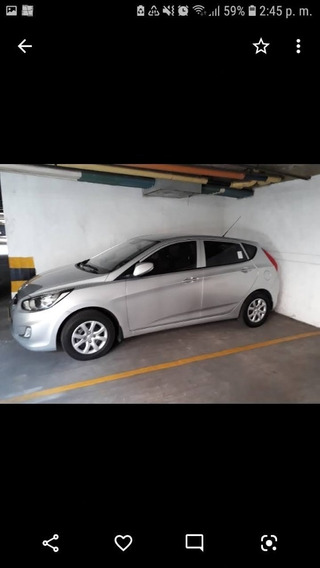 Hyundai Accent Gl Hatchback, 1.4 Cc, Color Gris Perla
