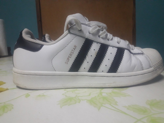 Zapatilla adidas Superstar N37y 1/2