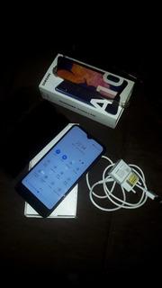 Celular Samsung A10 Em Ótimo Estado Sem Marcas De Uso