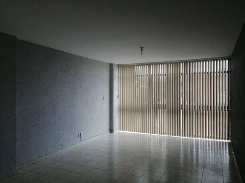 Departamento En Renta Av. Morelos, Carolina