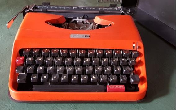 Máquina De Escribir Underwood 20, Impecable, Con Estuche.