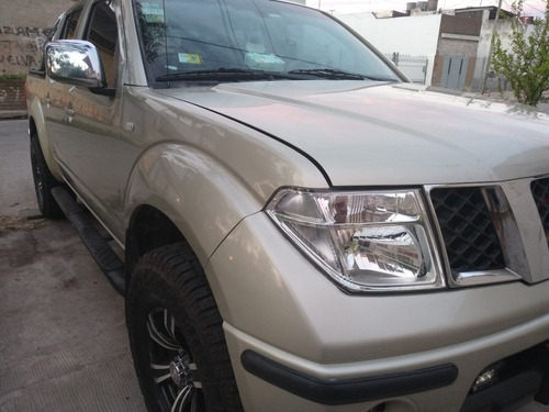 Nissan Frontier 2010 2.5 Le Cab Doble At 4x4