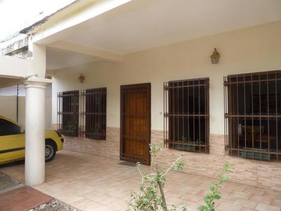 Casa En Venta La Candelaria Mls 20-17 Jd