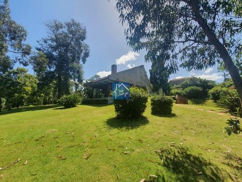 Espectacular Casa Con Jardín A La Venta- Ref: 1448