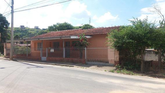 Casa Com 3 Dorms, Jardim São Roberto, Amparo - R$ 300 Mil, Cod: 1703 - V1703