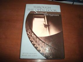 Livro Hipnose: Through The Open Door - Kevin Hogan