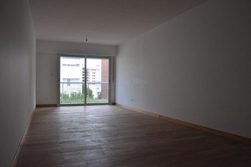 Alquiler Apartamento  3 Dormitorios Pocitos Ref 401