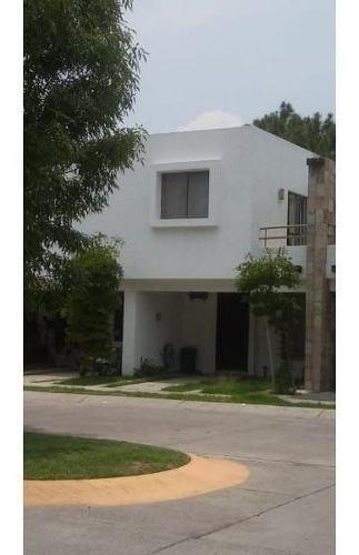 Casa En Venta En Valle Del Sur, Tlaquepaque