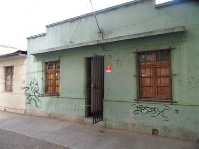 Amplia Casa A Pasos De La Alameda / Excelente Ubicación