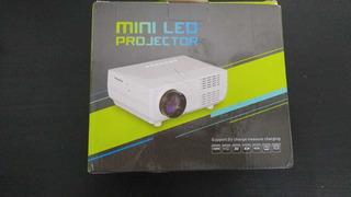 Mini Proyector Led (facil Transporte)