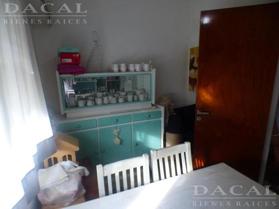 Casa En Venta En La Plata Calle 69 E/ 6 Y 7 Dacal Bienes Raices