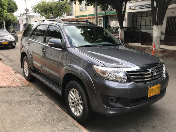 Toyota Fortuner 4x2 At Gasolina 2.7 2012