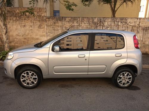 Imagem 1 de 14 de Fiat Uno Vivace Celebrati